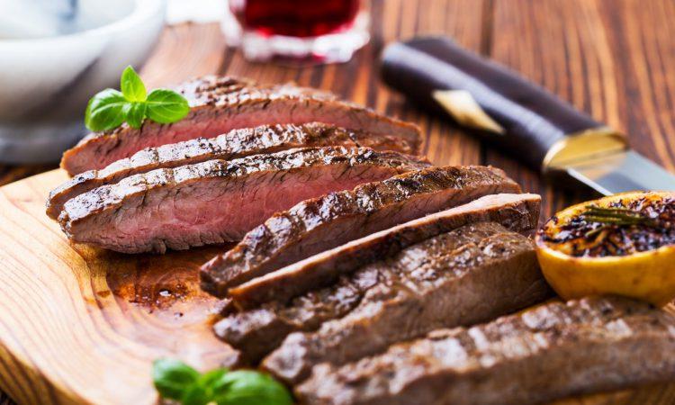 Flank Steak in Tranchen