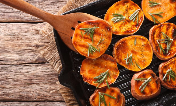 Süßkartoffeltaler vom Grill