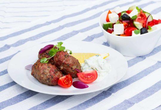 Bifteki vom Grill