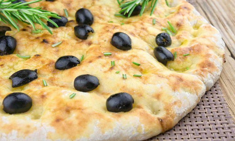 Focaccia vom Pizzastein