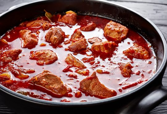 Wildgulasch aus dem Dutch Oven | Bild: myviewpoint