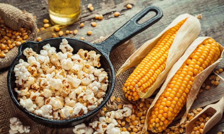 BBQ Popcorn aus der Gußpfanne / Foto:chamillew