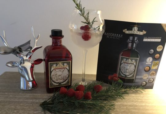 V-Sinne Schwarzwald Raspberry Magic Gin