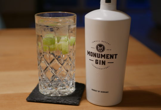 Monument Gin